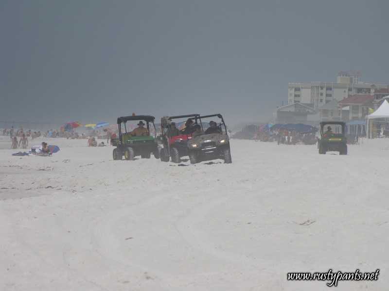 BP & local agency workers on Pensacola Beach 6-5-2010